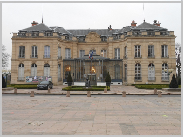 alt_vtcchauffeurParis_epinay-sur-Seine.jpg